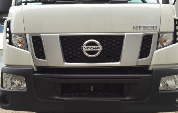 NUOVO NISSAN NT 500 35.15